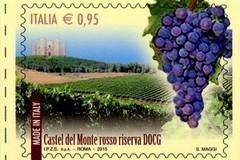 """Vino """"Castel del Monte rosso riserva"""" su francobolli speciali"""
