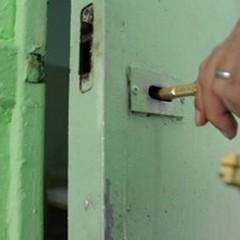 """Detenuti psichiatrici: """"Situazione grave, serve bando per personale di servizio medico"""""""