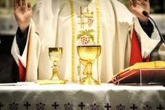 Mascherina e niente segno di pace, il 18 maggio tornano le Messe coi fedeli