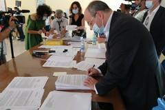 Stabilizzazioni Asl Bt, firmati i primi 74 contratti a tempo indeterminato