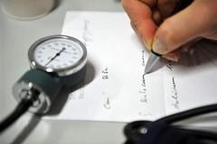 Sanità: prorogata fino al 3 aprile la sospensione delle attività non urgenti