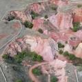 In un filmato lo spettacolo della cava di bauxite vista dall'alto