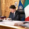 Conte firma il nuovo Dpcm, tutte le misure previste
