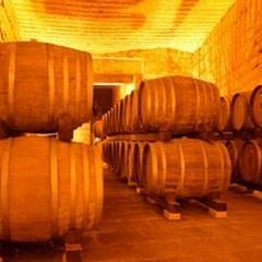 Il coronavirus lascia troppo vino invenduto nelle cantine