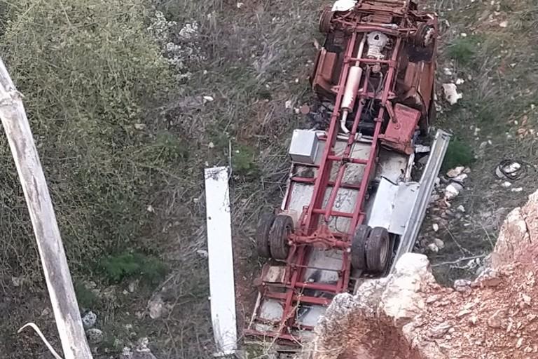Camion cava. <span>Foto Giuseppe Capacchione</span>