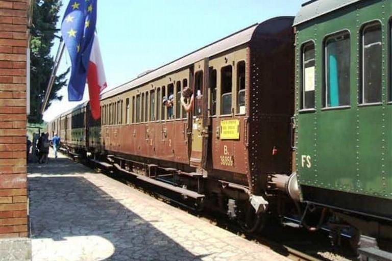 Ferrovia Gioia - Rocchetta